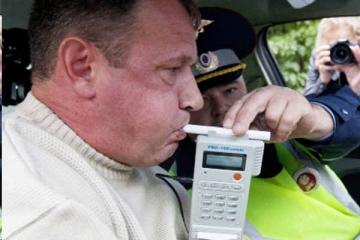 Из-за коронавируса планируется запретить алкотестеры для водителей